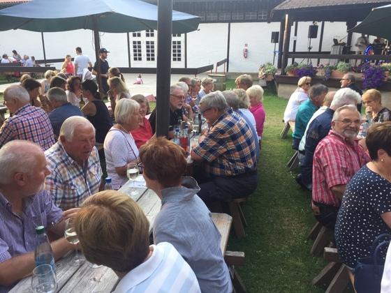 2017-07 Weinfest Castell kleines Treffen 07