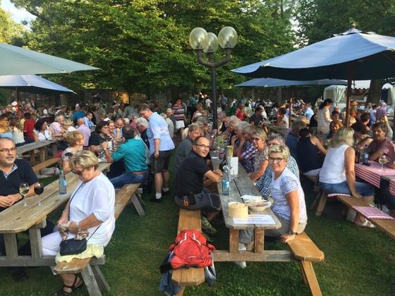 2017-07 Weinfest Castell kleines Treffen 09
