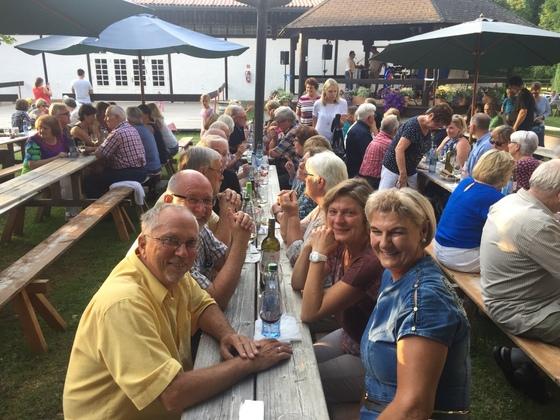 2017-07 Weinfest Castell kleines Treffen 06