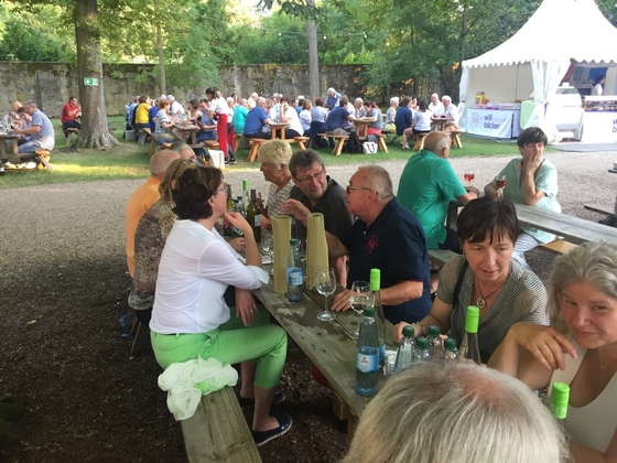 2017-07 Weinfest Castell kleines Treffen 04
