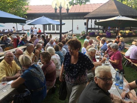 2017-07 Weinfest Castell kleines Treffen 05
